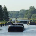 Elbe-Lübeck-Kanal und Schleuse